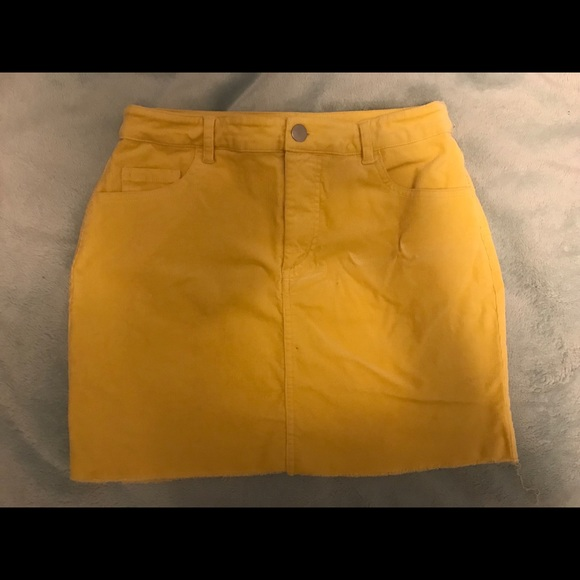 Forever 21 Dresses & Skirts - YELLOW SKIRT